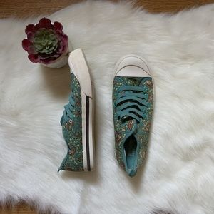 MOSSIMO SUPPLY CO. | FLORAL ELASTIC BAND SNEAKERS